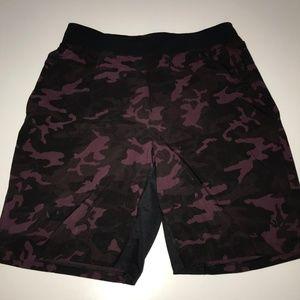 """NWOT Lululemon Men T.H.E. Shorts 9"""" Linerless Camo"""